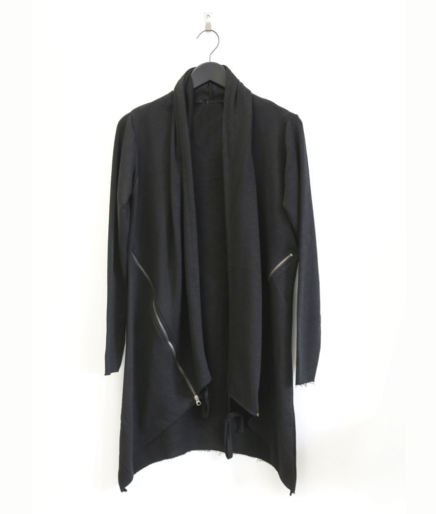 cardigan asym trique noir pressing corp. Black Bedroom Furniture Sets. Home Design Ideas