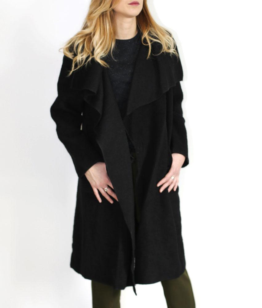 manteau long drap en laine femme pressing corp. Black Bedroom Furniture Sets. Home Design Ideas