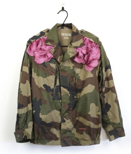 veste-militaire-camouflage-couture-rose-petals